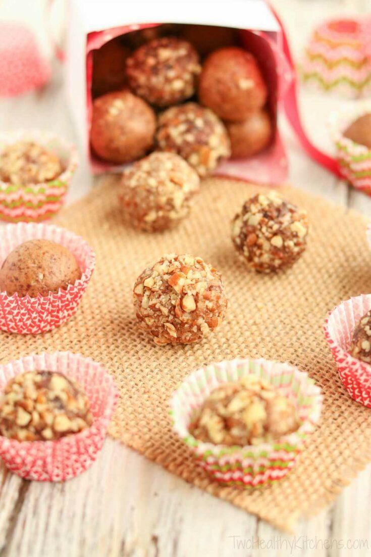 No-Bake Gingerbread Date Balls