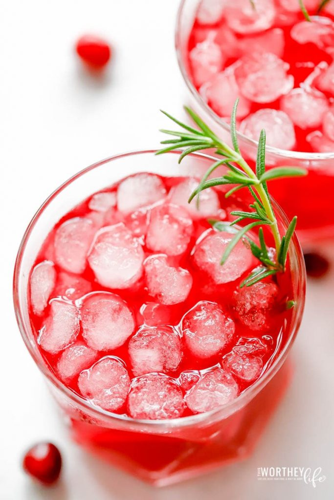 Pom Cranberry Mocktail