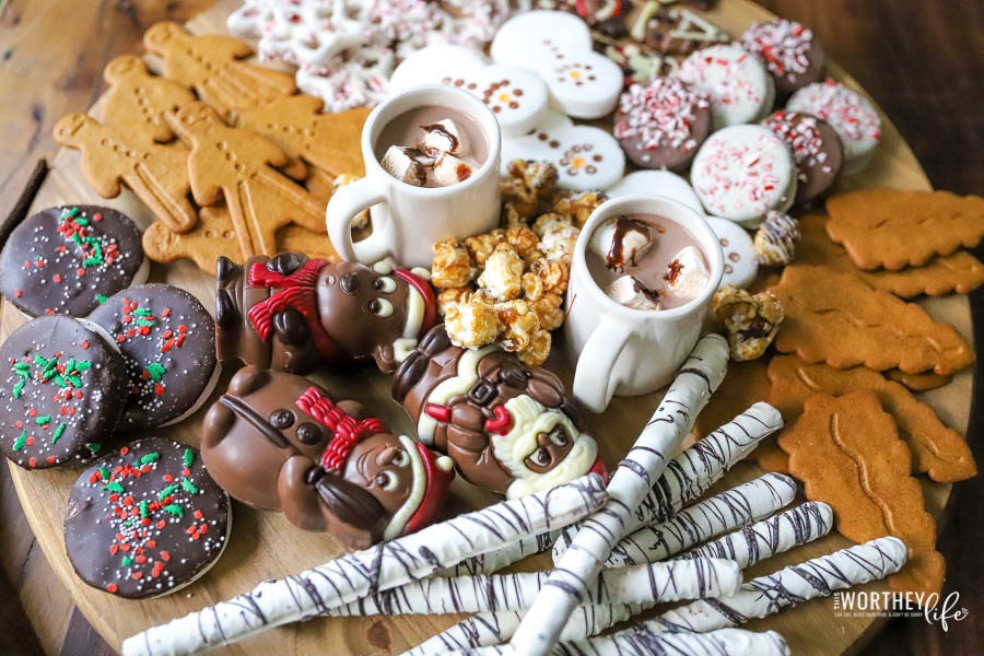 Christmas Hot Chocolate Charcuterie Board