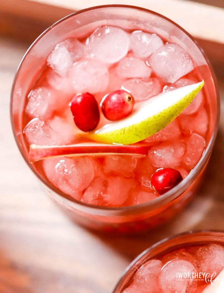 Holiday Fizzy Sangria Recipe