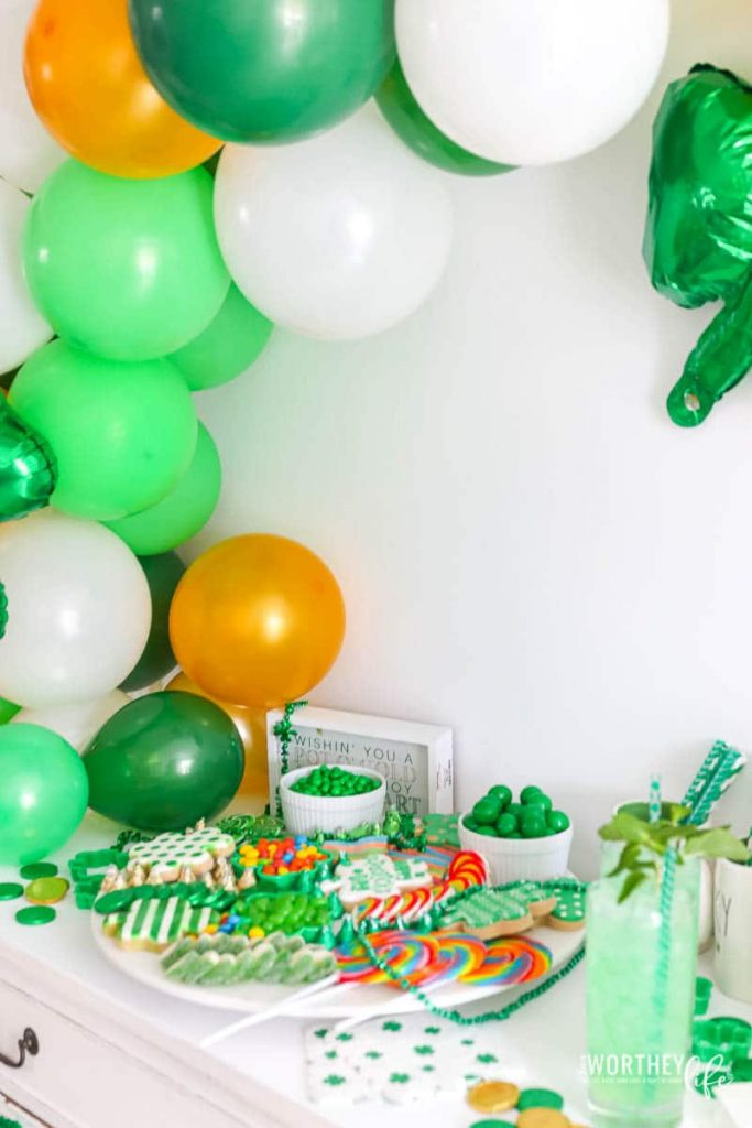 St. Patrick's Day Balloon Garland