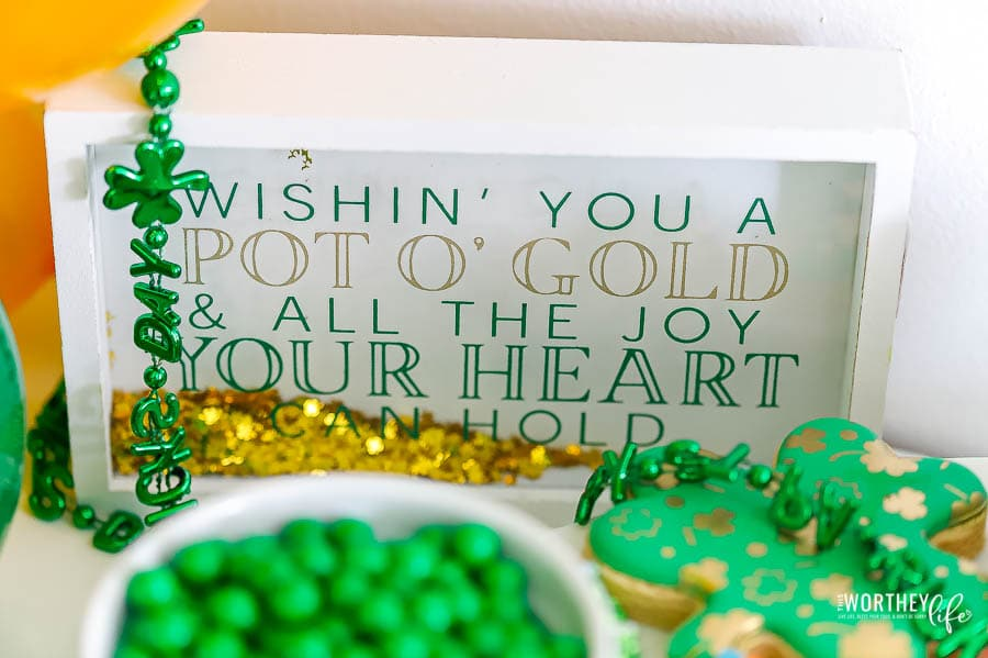 st patricks day decor items