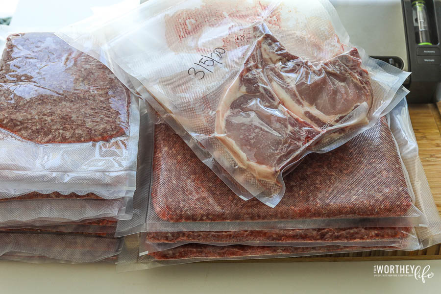 how to freeze meat with Foodsaver