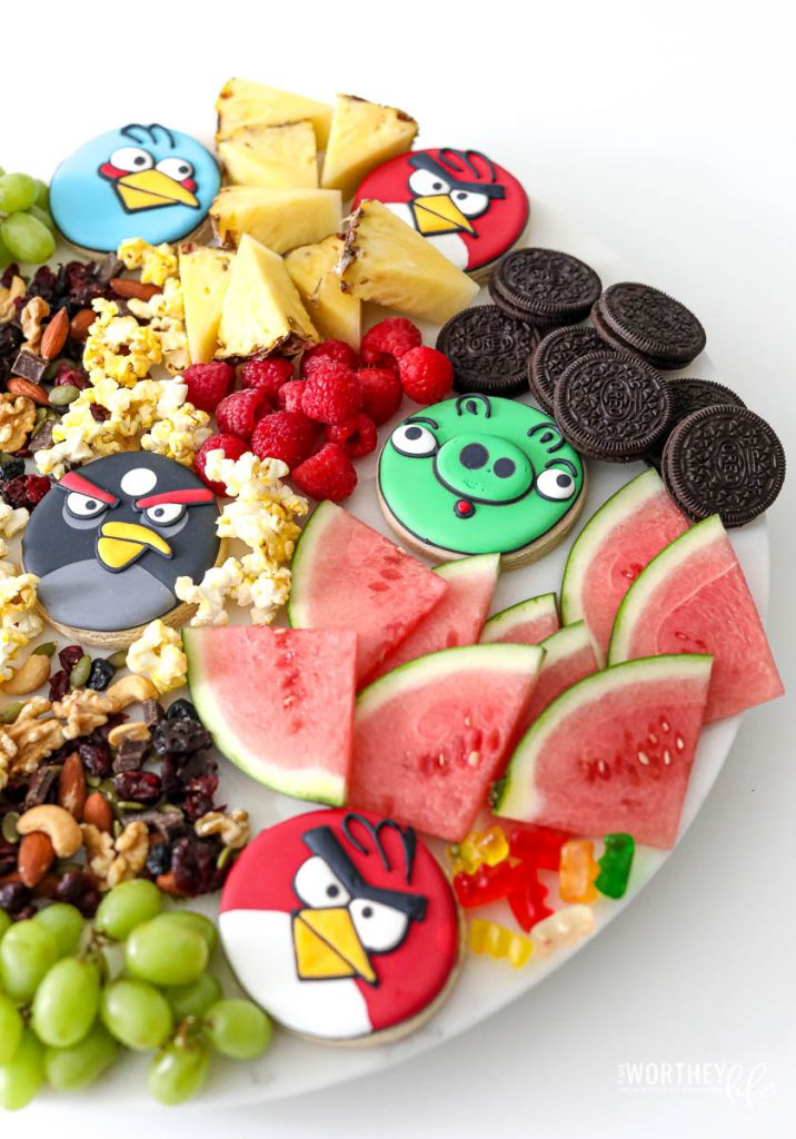 Tips On Creating An Angry Birds Party Board