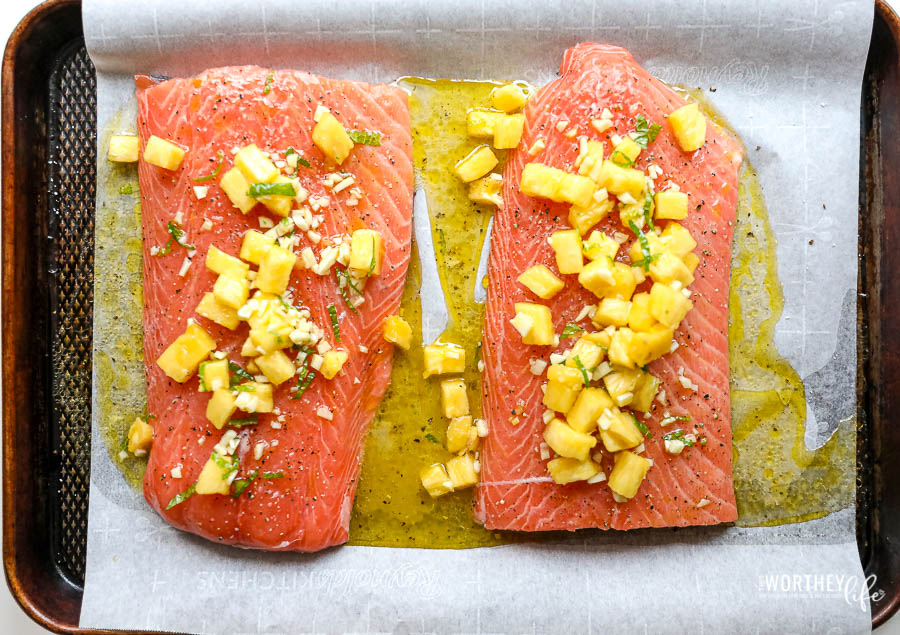 how to marinade salmon with pineapple and honey