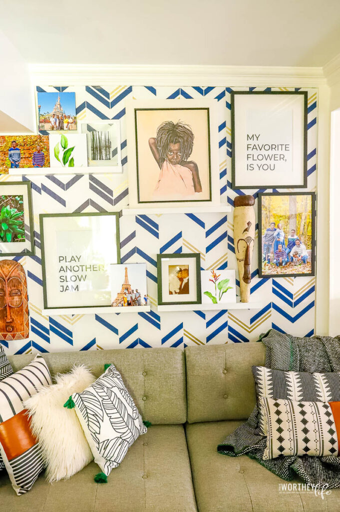 Make your gallery wall moveable