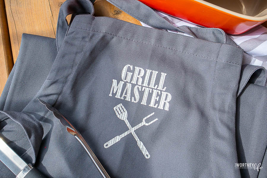 DIY Grill Master Apron | Cricut EasyPress (with SVG)
