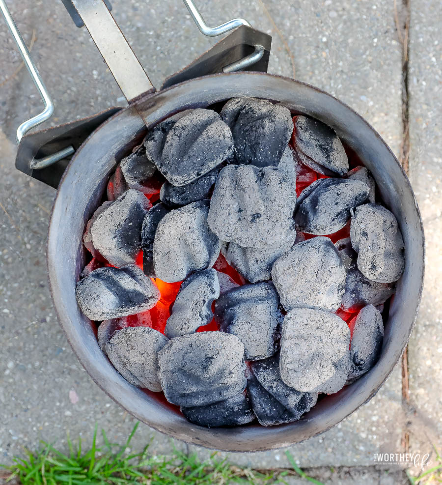 how to cook ribs using charcoal