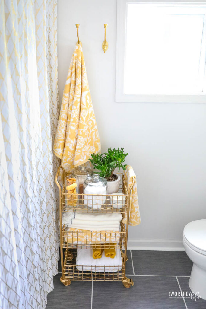 grey and gold bathroom