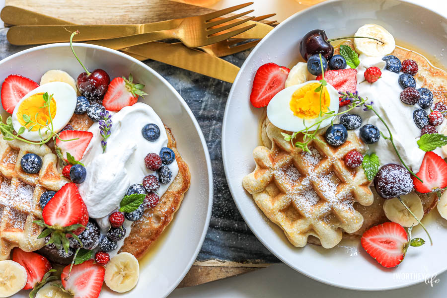 when to serve brunch