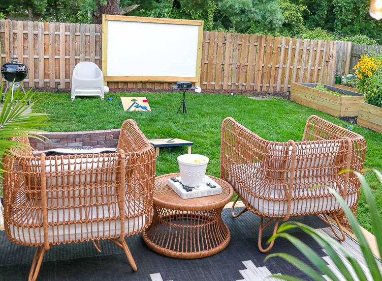 Outdoor movie night ideas
