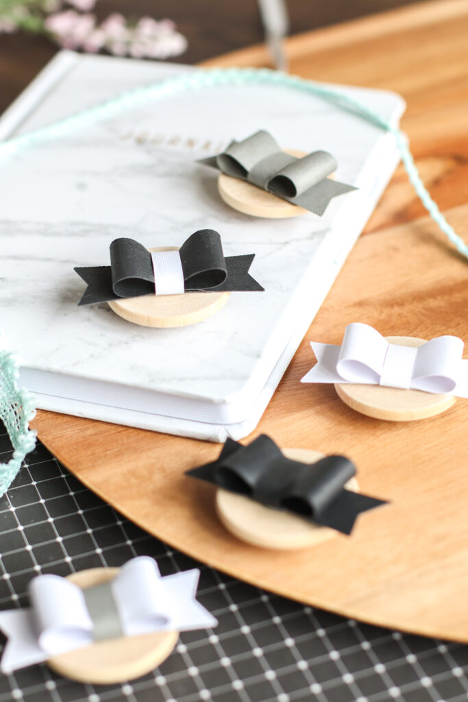paper bow magnets