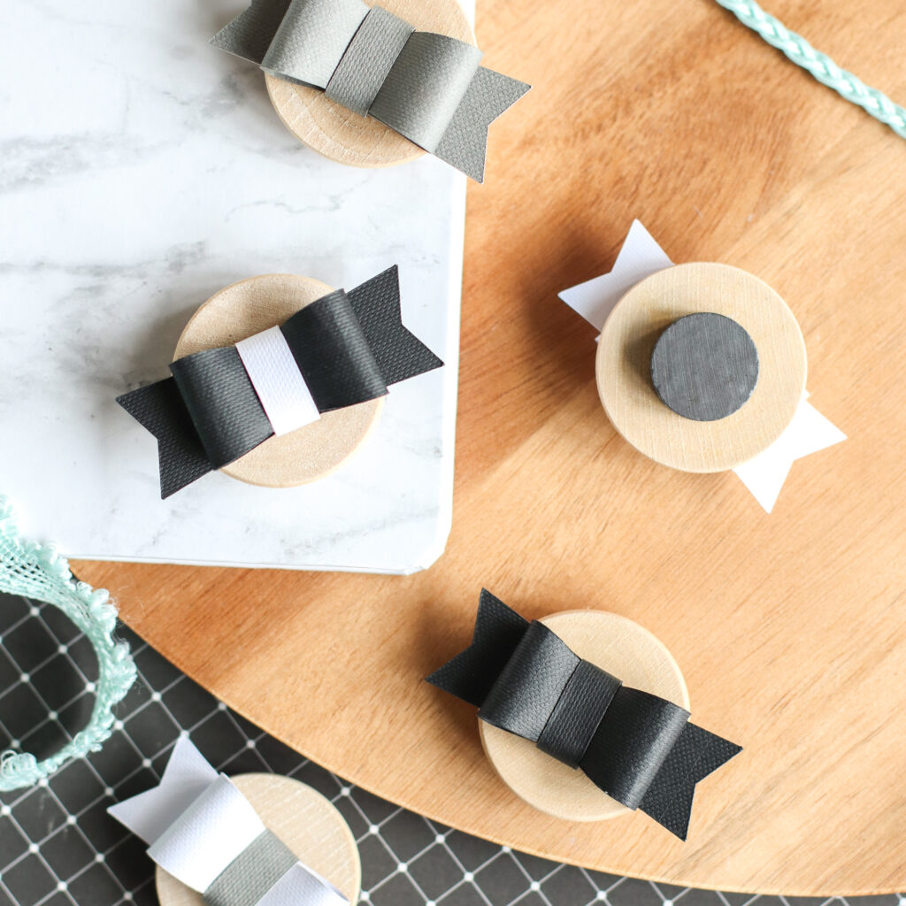 Instructions on making Pretty Paper Bow Magnets with your Cricut