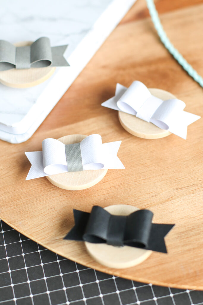 Paper Bow Magnets DIY With Cricut