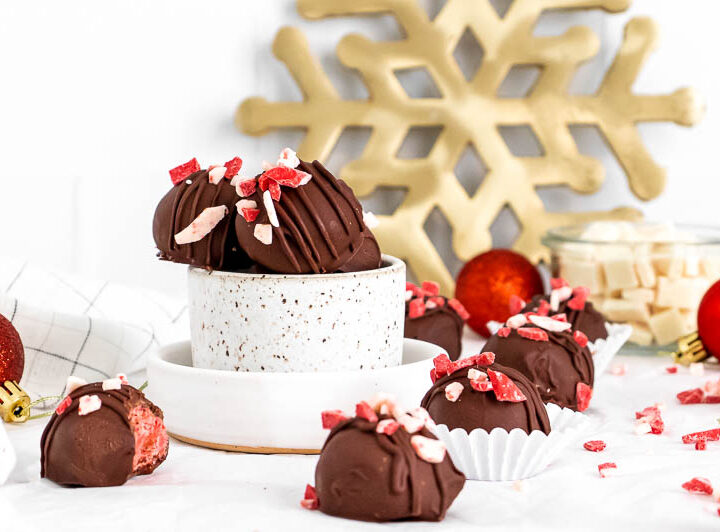 3 ingredient peppermint bark truffles