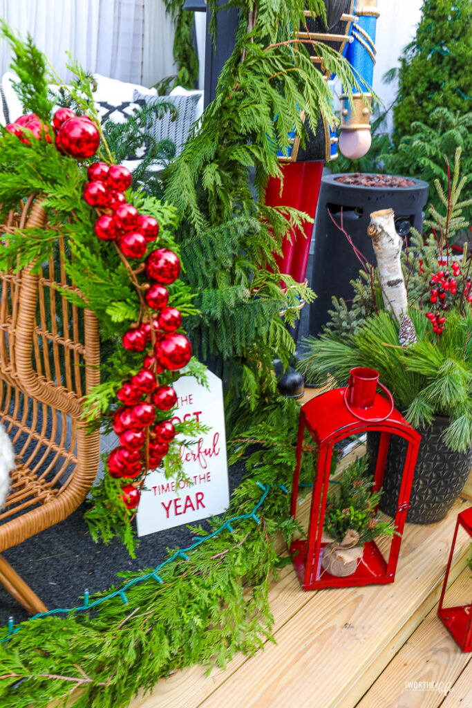 Christmas decorations for outdoors