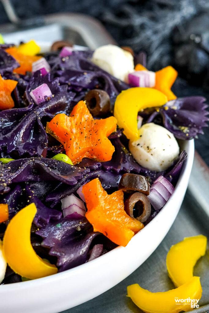 black pasta with fresh veggies